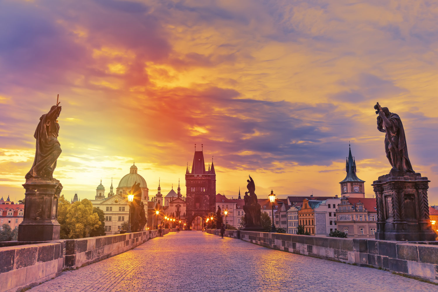 9 Ways How to get from Prague to Vienna (or Vienna to ...
